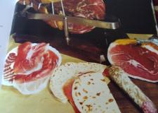 Forlimpopoli. 'A tavola con il contadino romagnolo', divertenti aneddoti e racconti sulla passione dei romagnoli per la buona tavola.