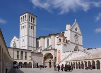 La Divina Commedia in latino, norvegese e catalano. Alla basilica di San Francesco