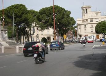 Forlì. Alla Pieve di San Martino in Strada la 'sfilata vintage' in ricordo di Katia Zattoni e Daniela Gagliardi.