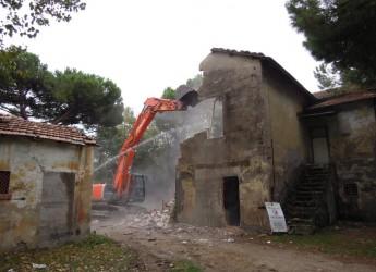 Primo colpo di piccone per Casa Limentani.