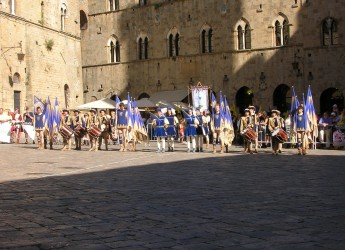 Faenza. La tradizionale 'Donazione dei ceri' apre anche quest'anno le iniziative legate al Palio del Niballo. o