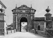 Da porta a porta, scopriamo i tesori culturali di Ravenna.