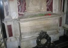 Tomba di Dante chiusa solo a Natale. Dopo le polemiche, l'annuncio.