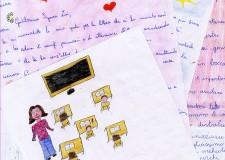 Lettere, disegni e la visita a scuola. Gloria Lisi conosce gli alunni