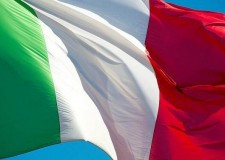 Un monumento per l'unità d'Italia e un tricolore ai bambini