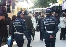 Rimini lotta contro l'abusivismo commerciale anche nel periodo natalizio.