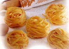 Cervia. I piatti della tradizione romagnola e le minestre dimenticate protagoniste alla rassegna culturale 'Aghi di pino'.