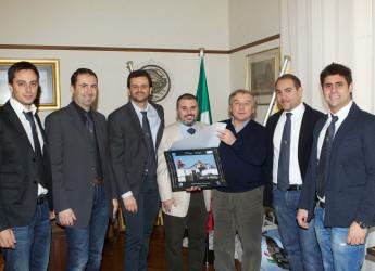 Ravenna. Mingozzi ha incontrato i giovani agenti marittimi.
