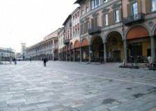 Faenza. Asta pubblica per un negozio in piazza della Libertà