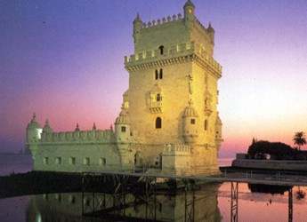 Italia & Mondo. Turismo e viaggi. Un lungo week end a dicembre a Lisbona in Portogallo con partenza da Bologna.