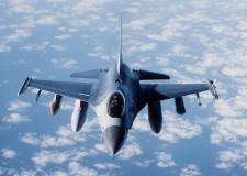 Caccia bombardieri da 15 miliardi. La crisi di un'Italia che spende per la guerra