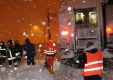 Treno fermo tra Forlì e Cesena, partono ricorsi e richieste di rimborso.