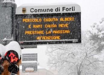 Prevista neve anche oggi. Nuova allerta a Forlì, trasporto pubblico gratuito