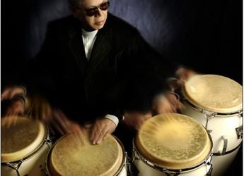 Riccione Inn Jazz. Festa al Teatro del Mare, con colorate atmosfere afro caraibiche.
