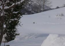Maltempo: ora si teme per il disgelo. In Valmarecchia, poche ancora le persone raggiungibili solo a piedi.