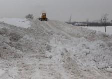 Una montagna di neve alta 10 metri. Un 'Monte Bianco' al parco Ippodromo di Cesena