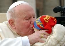 Giovanni Paolo II. Un anno fa la beatificazione del 'Papa dei giovani'.