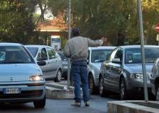 Faenza. Lotta al fenomeno dei parcheggiatori abusivi. Azioni in atto e raccolta firme.