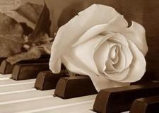 Didattica musicale allo Zingarò Jazz Club. Sul palco gli allievi di pianoforte.