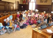 'I libri? Spediamoli a scuola'. Ravenna: 82 libri donati agli alunni delle scuole d'infanzia.