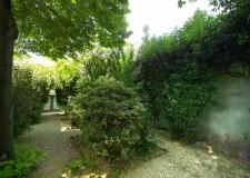 Incontri d'estate: La serenata delle zanzare. Musica e poesia nel giardino di Casa Moretti.