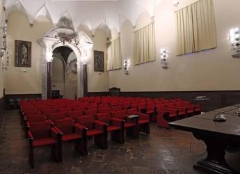Ravenna. Una conferenza su 'Il futuro delle carte. I fondi speciali della Biblioteca Classense' curata da Raffaele Ruggiero.