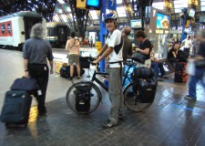 Emilia Romagna. Bici gratis sulla linea ferroviaria della Riviera romagnola. Gli orari dei treni.