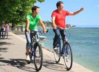 Ravenna. Attivo il servizio di prestito gratuito delle biciclette gialle ad uso turistico 'C'entro in bici'.