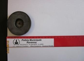 Controlli Polizia Municipale, a Ravenna camionista altera tachigrafo, a Cervia auto senza assicurazione.