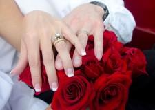 Costumi. 'Matrimonio d'arte': sposarsi tra dipinti, sculture e oggetti del passato e del presente.