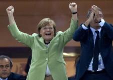 Bruxelles: accordo raggiunto. L'Europa respira e 'riparte' con la nuova 'Casa comune'.