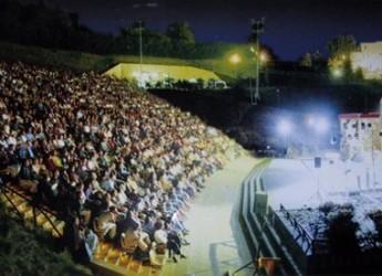 Sarsina. Per il Plautus Festival lo spettacolo 'Lisistrata' all'Arena Plautina. Protagonista Vanessa Gravina, una veterana del palco di Sarsina.