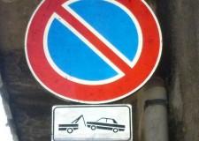 Faenza. Tra qualche giorno entrerà in vigore il divieto di sosta nel vicolo del teatro in via Severoli. Attenzione alla segnaletica.