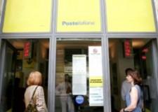 Rimini. Il rinnovato ufficio postale di via Gallina riapre a misura di disabile senza barriere tra impiegati e clienti.
