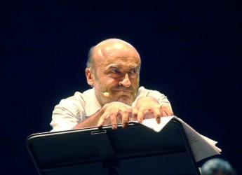 Gambettola. Al via la stagione teatrale. Sabato in scena i pupazzi animati di Mirko Alvisi in 'La pozione della felicità'.