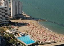 Emilia Romagna. Misano Adriatico. Tanto sport e 'nuove' delizie alla piscina di Portoverde.