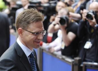 Eurozona. I Finnici più scettici, i Polacchi pronti ad entrare. Per un euro che 'tiene'.