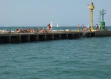 Cesenatico. Deterioramento dei moli guardiani del porto canale. Urge un restauro?