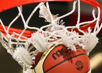 Italia. Basket. Play off Serie A: riscatto di Reggio Emilia contro Avellino.