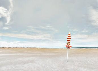 Mostre. Rimini: 'Da mare a mare. Viaggio poetico nella fotografia di Riccardo Varini'.