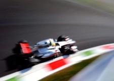 Gp Italia di F1 a Monza. Hamilton in testa. Alonso 'doccia fredda', per un 'male oscuro'.