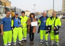 Castel Bolognese. Solidarietà. Donati 50 banchi scolastici per i ragazzi terremotati di Bondeno.