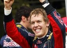 F1. Gp Corea del Sud. Vettel sorpassa Alonso. Ora 'guida' il mondiale a 4 gare dalla fine.