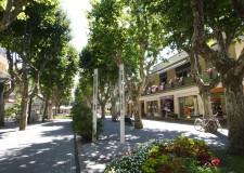 Emilia Romagna. Bellaria Igea Marina. All' Isola dei Platani inizia la 'stagione dei regali'.