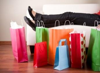 Riccione. Un mese dedicato alla moda, glamour e design in occasione del Riccione Shopping Festival. Si parte alla mezzanotte di venerdì.