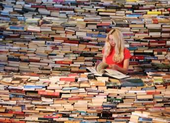 Cesena. Altro che fuga dal libro, alla biblioteca Malatestiana è boom di lettori e prestiti, un 2014 da grande stimolo per il futuro.