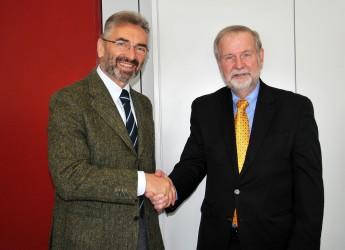 Emilia Romagna. Incontro tra il senatore del Delaware Harris Mc Dowell e l'assessore Rabboni.