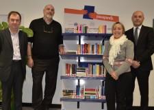Forlì-Cesena. Donazione di due librerie ai Centri di Salute Mentale di Savignano e Cesena.