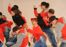 Faenza. Presentazione dei corsi al via ottobre del centro sociale 'Borgo'. DAll'hip hop alla danza del ventre.