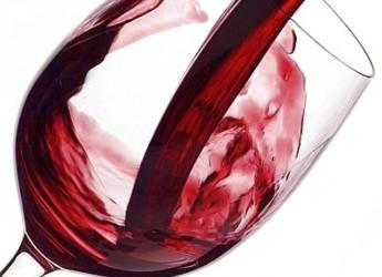 Santarcangelo. Fai i tuoi acquisti con gusto, compri e degusti un calice di vino. Si replica a Bellaria.